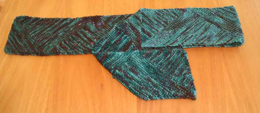 Diagonal Knit Scarf Pattern : NeverBlue Farm-Knitting Archive 2007