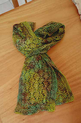 Crochet Scarf Pattern Leaf : NeverBlue Farm-Knitting Archive 2010